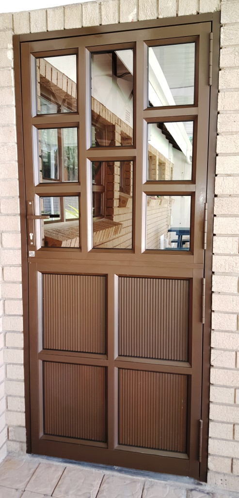 The sleek, clean design of a new replacement window will draw attention from neighbors as your home shines like new again. Window World of Phoenix's, LLC vinyl replacement windows also meet low E energy-efficiency standards, which will save you money on heating/cooling bills.